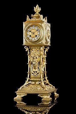 Japy Clock.jpg
