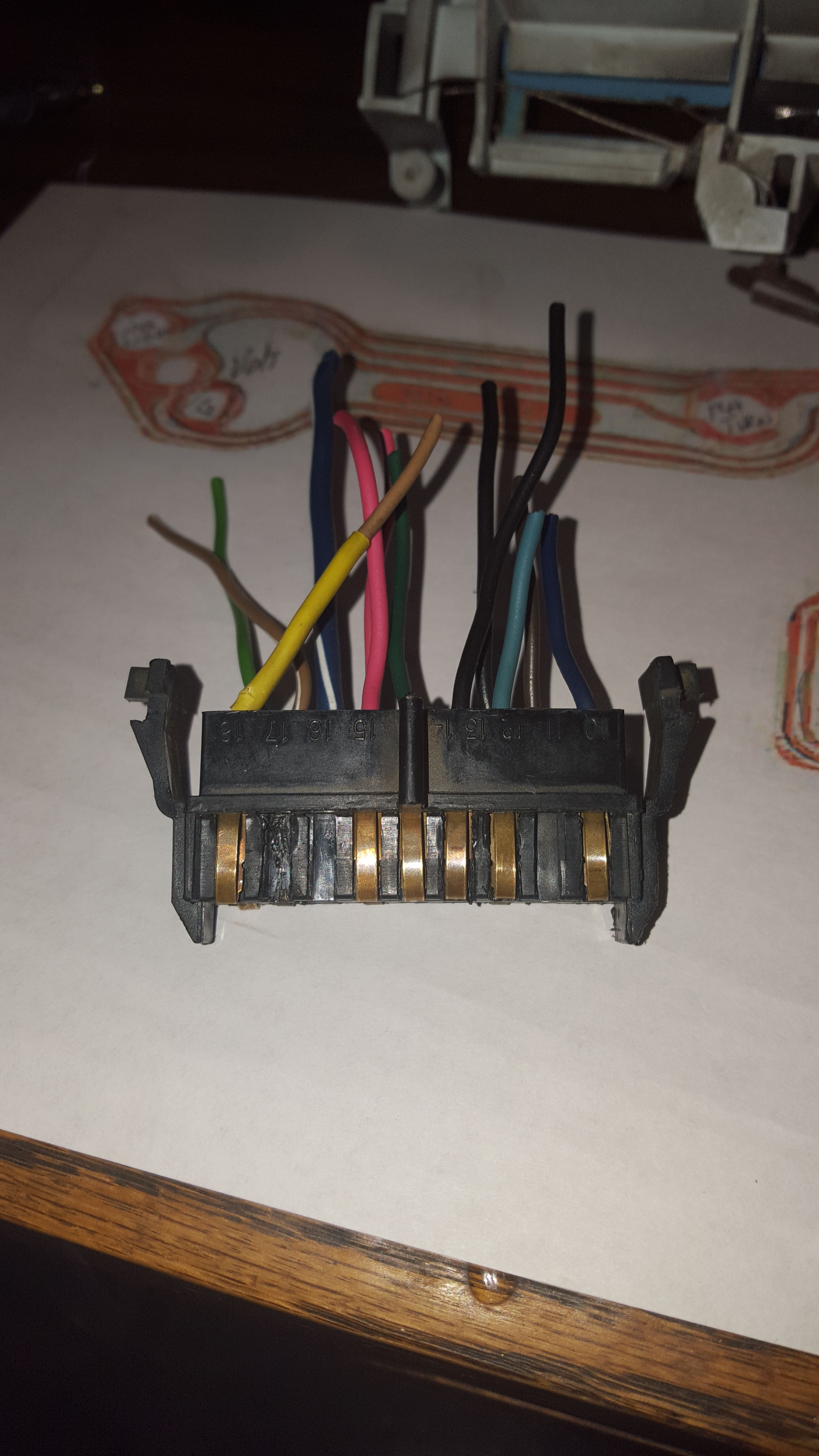 pin connector.jpg