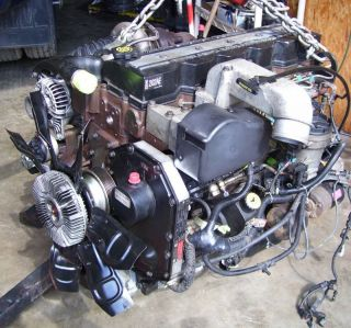 158931015_dodge-cummins-diesel-engine-for-2002-from-an-automatic-.jpg