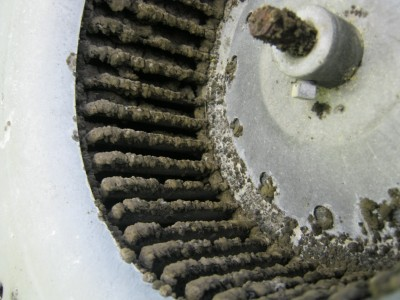 4834aeaa-a0b8-45b9-b332-953226353c8e_dirty blower wheel.jpg