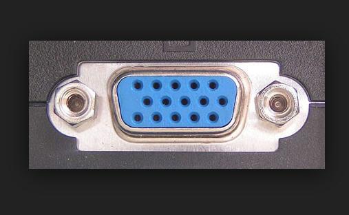 b6cc5836-40e0-44b8-ae2c-41d125c7cf0d_VGA Port.jpg