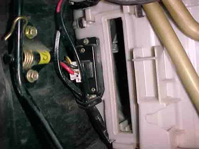 b2d277c8-9528-4b1e-bde9-bcea443dda4a_95 lexusls 400  blower motor resistor.jpg