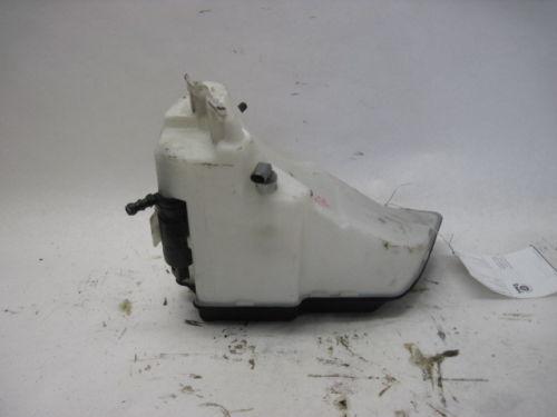 ddba3d67-9510-444f-8696-52592d0cf2c7_Z4 washer bottle.jpg