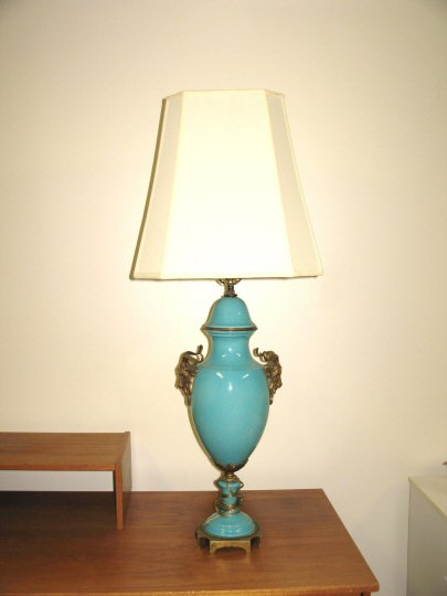 blue, ram's head lamp1.jpg