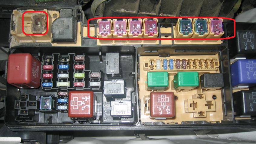 b19cb5ec-9b5b-4cf1-9bb3-76535ae2c2bc_highlander fuses.PNG